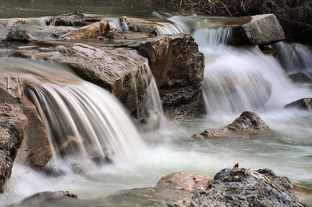 Detalle de agua en el Genil