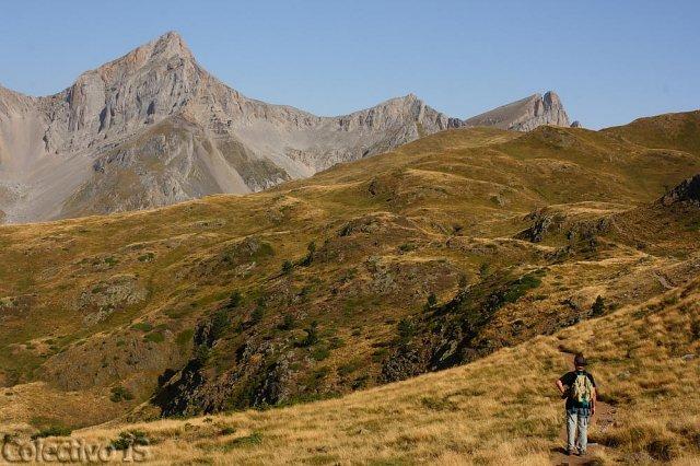La I y sus montañas