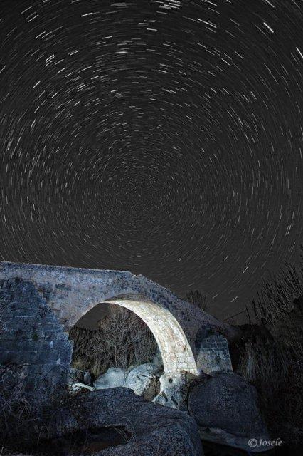 La polar sobre el puente