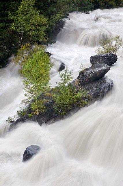 Rio Ara con agua