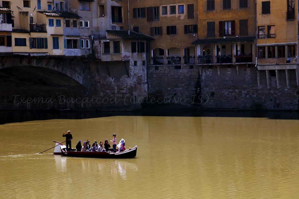 ¿Despedida de solteras a la florentina? (Txema Bacaicoa (Colectivo IS))