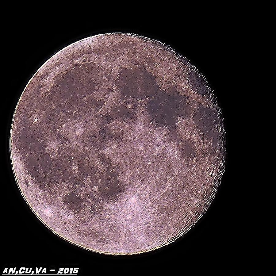 luna azul. (Antonio Cuenca.   vaya)