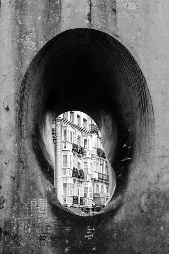 A través de un agujero (Jose Luis Rubio Perez)