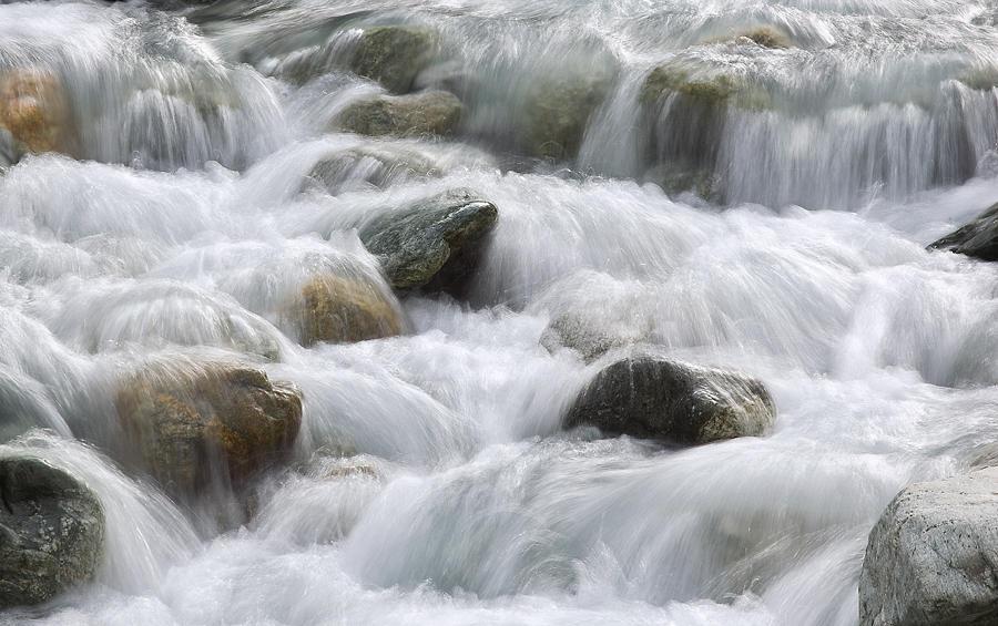 Agua procedente del Glaciar Negro (david Pérez Hens)