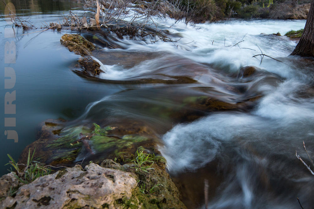 Aguas rebosantes (Jose Luis Rubio Perez)