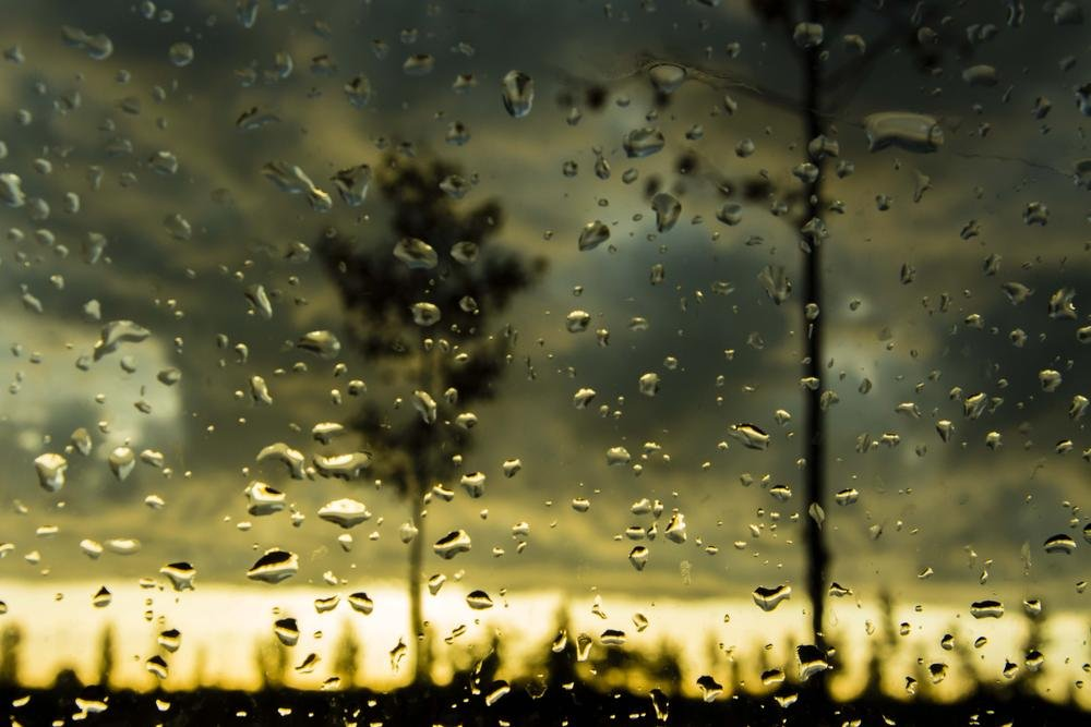 Amanece desde el coche (Abrahan Manuel Francisco)