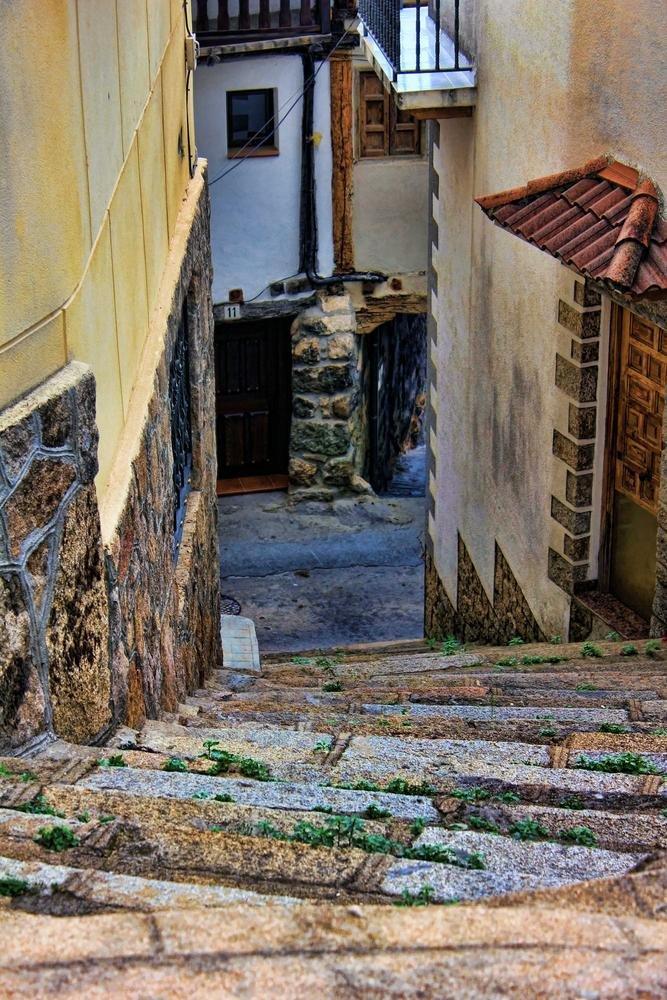 Calle en Pedro Bernardo - Ávila (Argiñe Alonso Careaga)