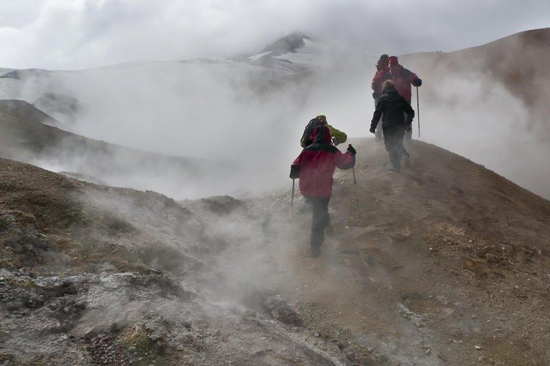 caminando entre fumarolas II (Jose Luis Rubio Perez)