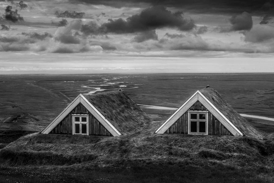Casas de turba y sandar.Islandia 192 (david Pérez Hens)