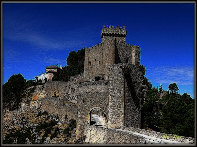 Castillo de Alacon (Paco lopez Requena)