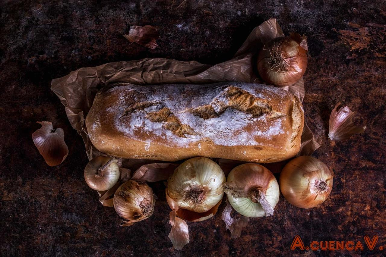 contigo pan y cebolla (Antonio Cuenca.   vaya)