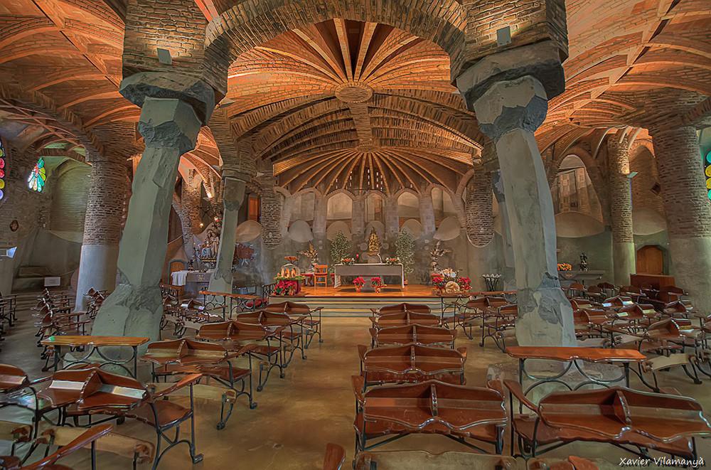 Cripta Gaudí (F. Xavier Vilamanyà Prat)