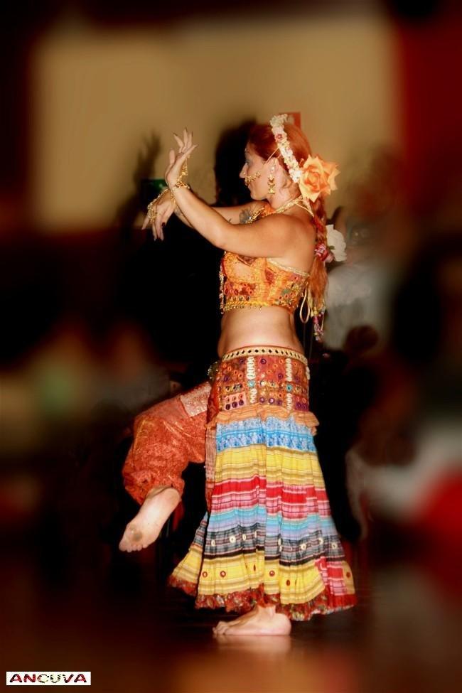 danzas exoticas. (Antonio Cuenca.   vaya)