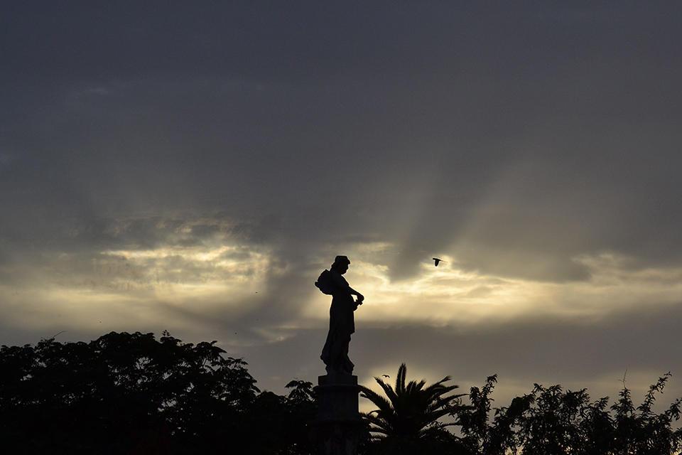 El ángel sombrío (Alicia Díaz)