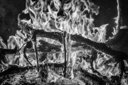 fuego dramatizado