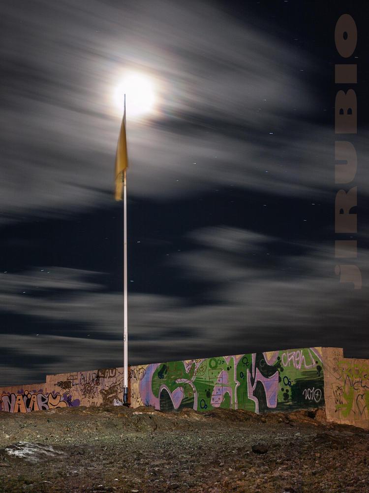 Grafitis de medianoche (Jose Luis Rubio Perez)