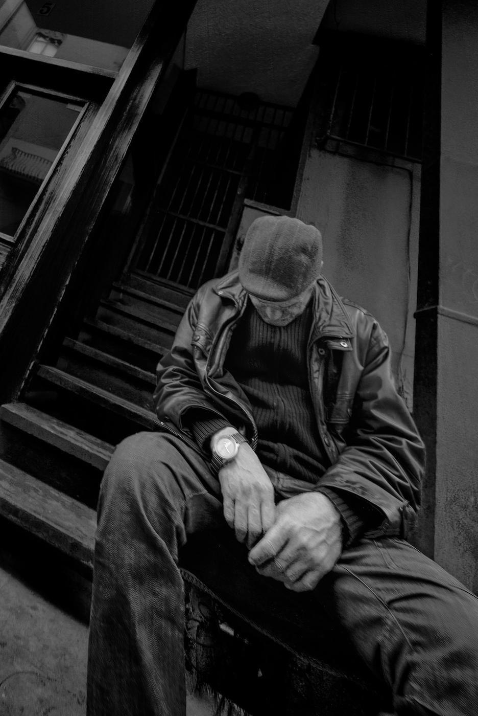 Hombre siesteando (Diego Canales Tafur)