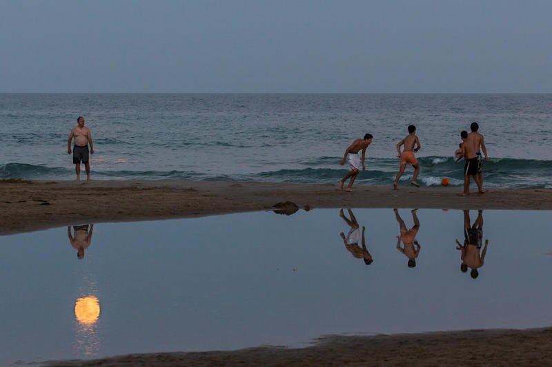 jugando con la luna (Jose Luis Rubio Perez)