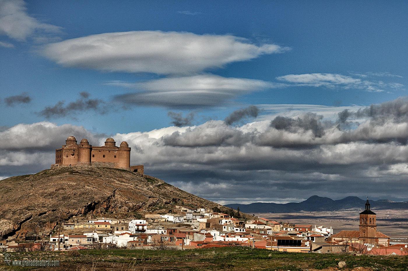 La Calahorrra y su castillo ( Granada) (Lucas Gutierrez Jiménez)