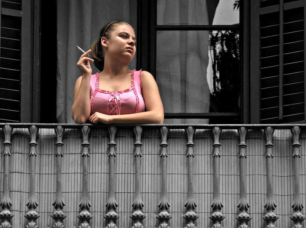 La dama del balcón (Salvador Solé Soriano)