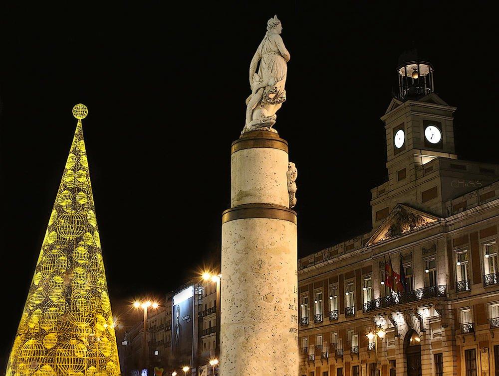 La Mariblanca-El Reloj- La Navidad... (María Jesús López B.)