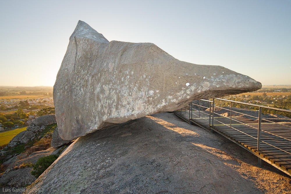 La Piedra Movediza (Luis Felipe García Bergara)