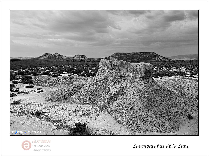 Las montañas de la Luna (Josu Perianes)