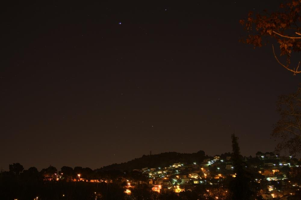 Monte de luces (Alberto Arcos Hurtado)