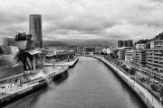 Ría de Bilbao y Museo Guggenheim