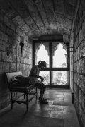 trabajar en la sombra... del castillo