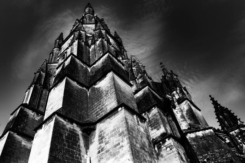 un templo amenazante (Jose Luis Rubio Perez)